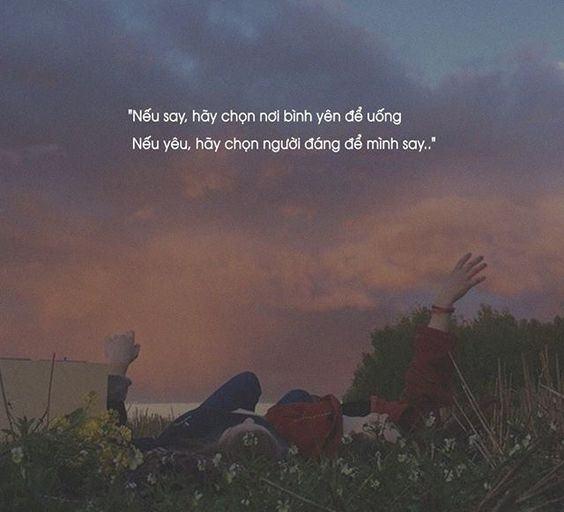 Những câu stt hay về tình yêu gây xúc động mạnh nhất
