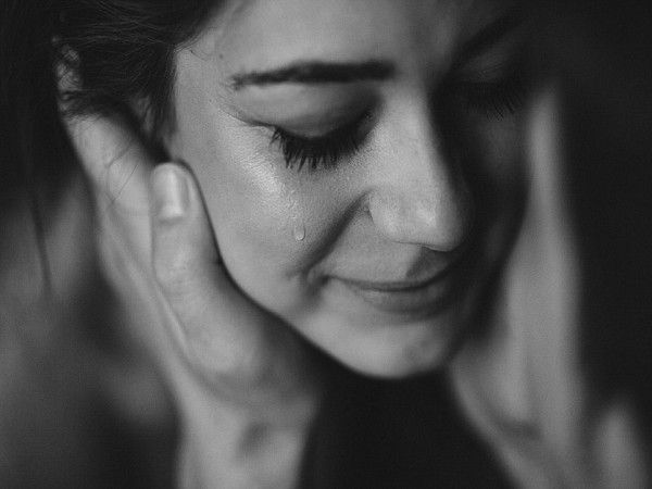 [TRỌN BỘ] Hình ảnh buồn khóc cô đơn đẹp nhất về tình yêu và cuộc sống