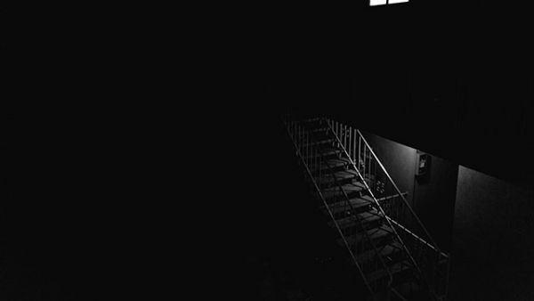 [999+] hình nền đen đẹp, ảnh nền đen phù hợp cho điện thoại